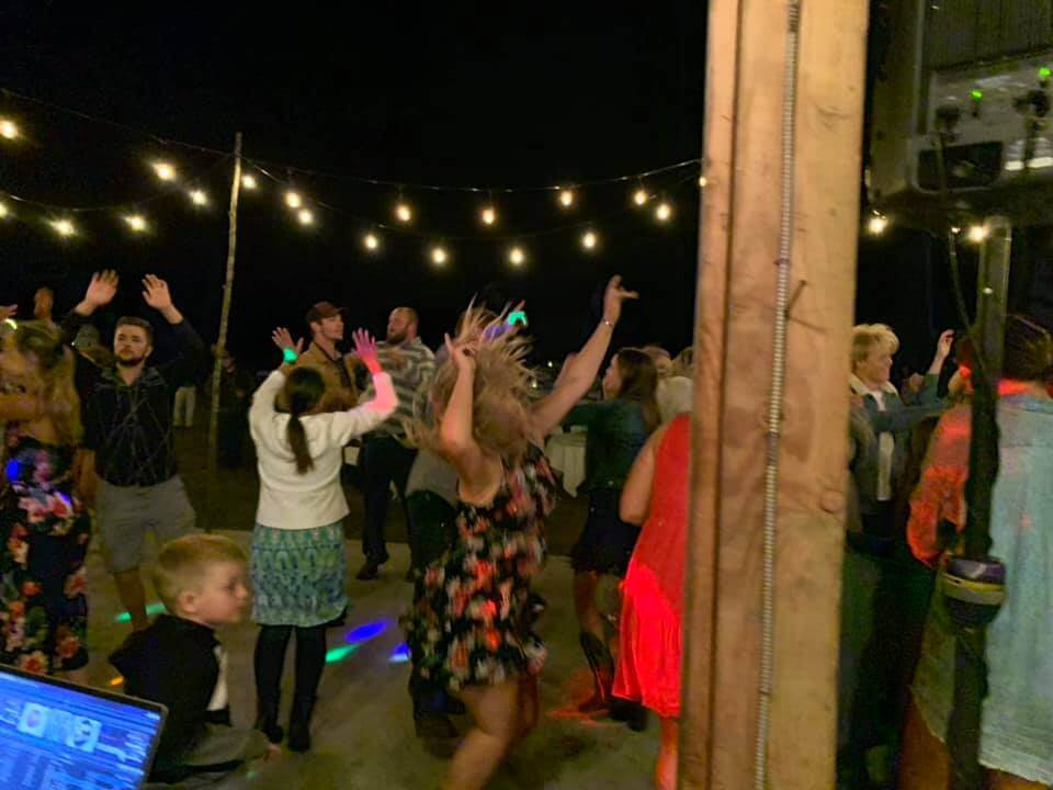 Oregon wedding DJ
